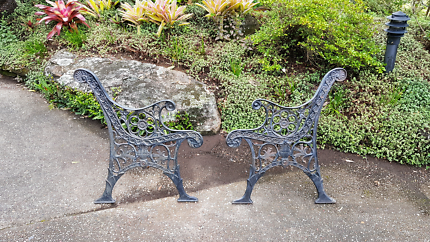 Cast Iron Bench Seat Ends Tallai Gold Coast City Preview