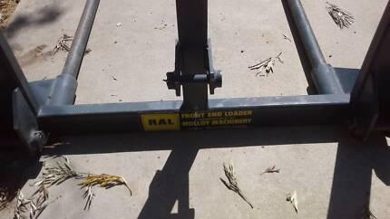 Hay bale forks Ascot 3551 Bendigo City Preview