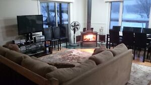 Large Winter Cottage (in Cayamant, QC) (Sleeps 17 People)