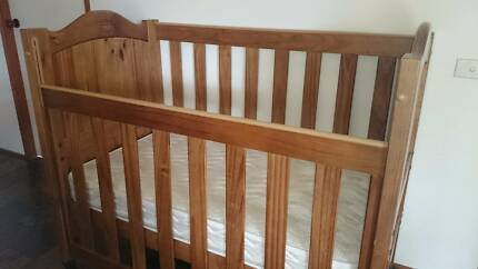 Timber Cot - Australian Made by Gro Years Ellis Lane Camden Area Preview