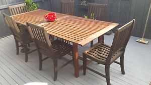 Outdoor dining setting Helensvale Gold Coast North Preview