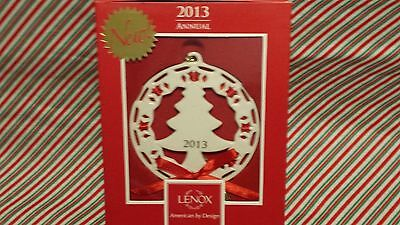 "LENOX ""2013 CHRISTMAS WRAPPINGS CHRISTMAS TREE ORNAMENT"" ---NEW IN BOX"