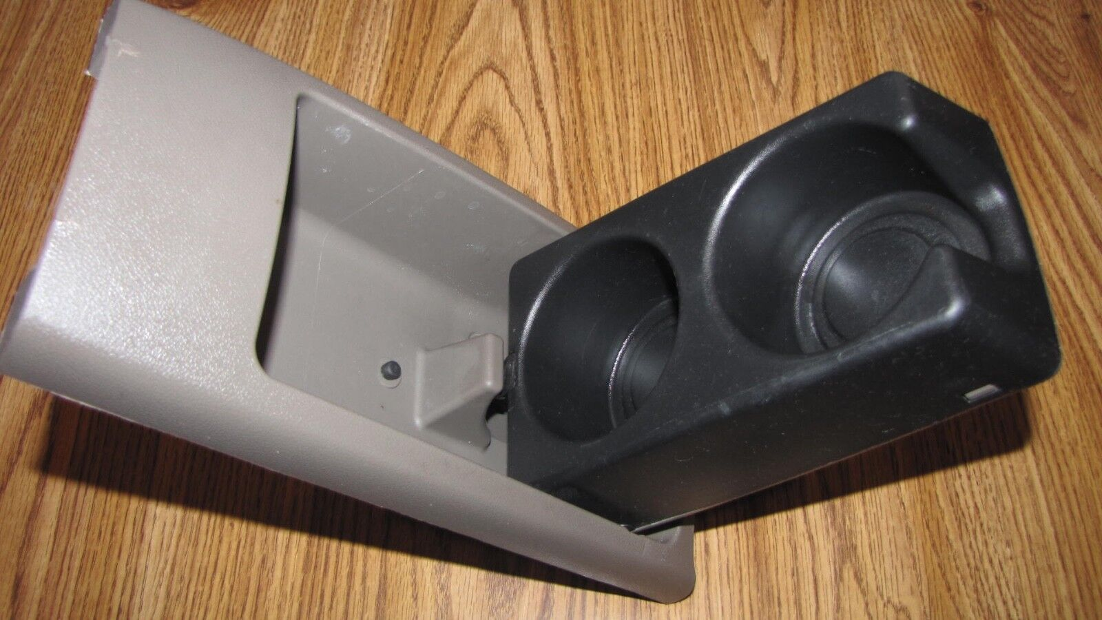 Used Chevrolet Malibu Cup Holders for Sale