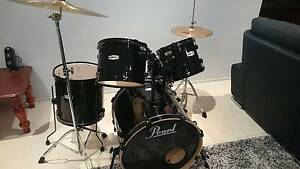 Pearl Forum FZH725/B31 Drum Kit Kellyville Ridge Blacktown Area Preview