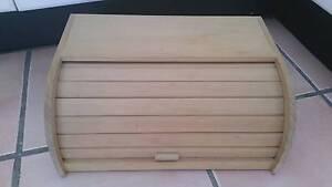 Wooden bread storage holder. Botany Botany Bay Area Preview