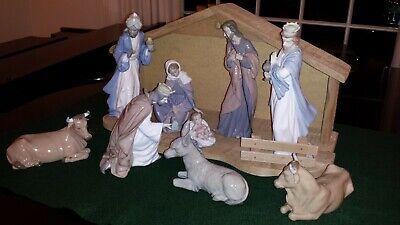 Lladro Nao Nativity Set, nine pieces