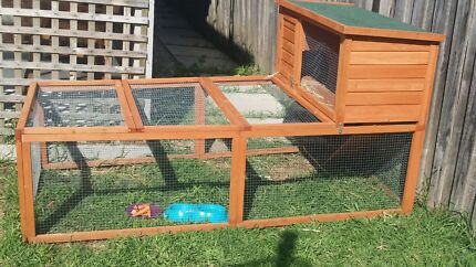 Extra large rabbit hut Seabrook Hobsons Bay Area Preview
