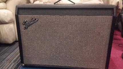 Fender 2 x  12 extension speaker cabinet