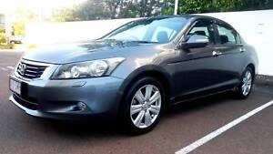 2011 Honda V6 Luxury. Mint Condition. 116,000KM.