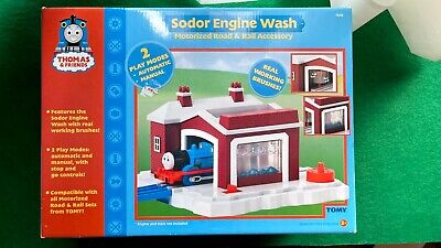 Thomas the Train Friends 2005 TOMY 7545 Sodor Engine Wash Set New Open Box