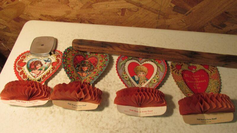 4 Antique USA Honeycomb Valentines   No. 1