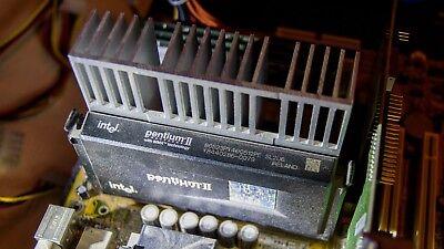 Intel Pentium II CPU 400MHz 512KB Cache 100MHZ 2.0V SL2U6 Slot 1 Deschutes ()