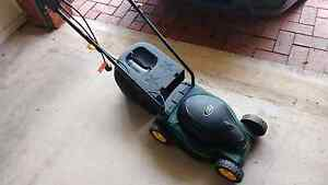 Electric lawnmower Camden Park West Torrens Area Preview