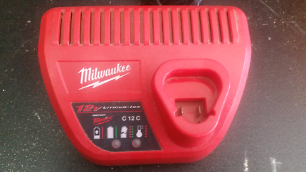 Milwaukee 12v charger Oxenford Gold Coast North Preview