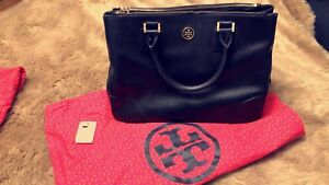 AUTHENTIC TORY BURCH ROBINSON TOTE