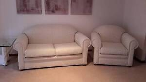 4 Piece Cream Damask Lounge Suite (Can be sold seperately) Barden Ridge Sutherland Area Preview