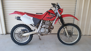 2004 Honda XR250R Wreking/Parting out/Parts Black River Townsville Surrounds Preview