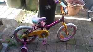 Girls push bike Sylvania Sutherland Area Preview