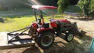 Tractor Mahindra 25hp 2012 model. Murwillumbah Tweed Heads Area Preview