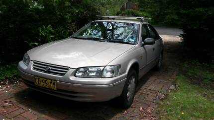 Toyota Camry 2001, Roof & Bicycle racks, Gasoline, & LPG fitted