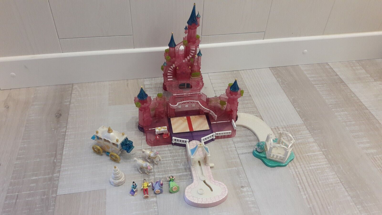 POLLY POCKET vintage 1995 Chateau Lumineux CENDRILLON MARIAGE 4X PERSONNAGES