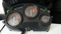 1 komplettes Cockpit für Honda CBR 600 PC 19 Baujahr 1987 Köln - Rath-Heumar Vorschau