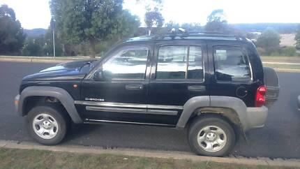 Jeep cherokee 4x4 2004