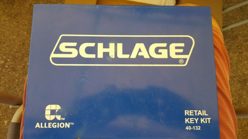 SCHLAGE Retail Key Kit 40-132 Lock Locksmith Keying Set used INCOMPLETE