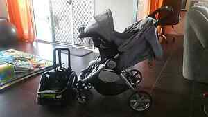 Baby pram and carseat capsule Ipswich Ipswich City Preview