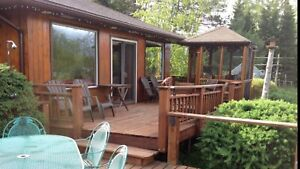 Weekly 1-bedroom lakefront cottage camp cabin rental Thunder Bay