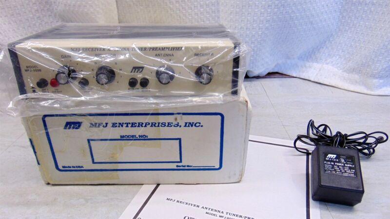 MFJ-959B 1.6 - 30MHz SWL Receiver Antenna Tuner/Pre-Amp
