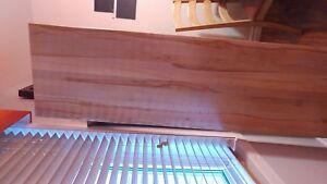 Maginifique planche en érable vernis pour comptoir