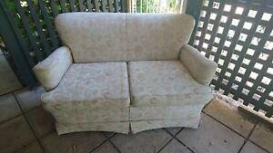 outdoor loveseat Walkerville Walkerville Area Preview