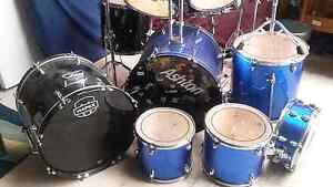 Music. 2 drum set kits. Stirling Stirling Area Preview