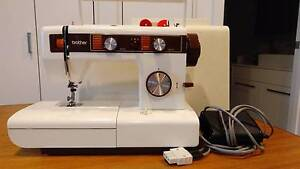 BROTHER SEWING MACHINE.  BARGAIN.  PRICE REDUCED Bentleigh Glen Eira Area Preview