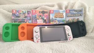Nintendo Switch Lite - 4 games, 4 cases, Skin, Screen protector