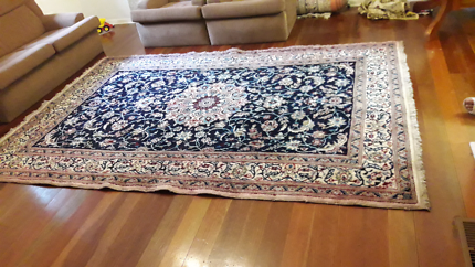 Persian rug carpet handmade hand knotted 200 x 300