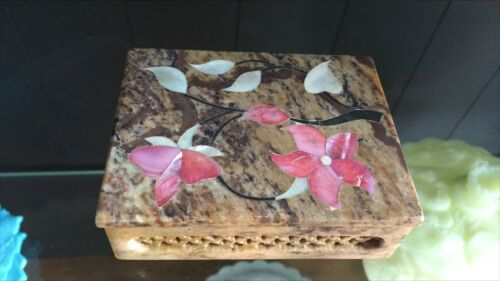 Vintage Soapstone Trinket Box With Flowers  Made In India
