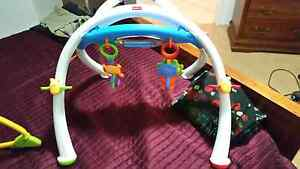 Baby Rocker, Activity Centre and Bumbo Seat Warnbro Rockingham Area Preview