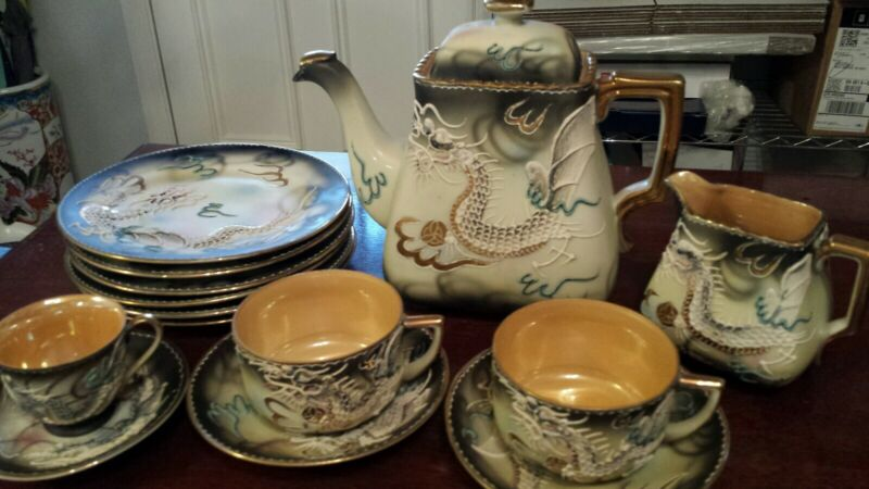 14pc Antique Japanese Moriage Dragonware Hinode Teapot/Creamer/Cup/Saucer/Plates