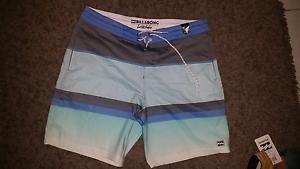 Brand new mens billabong board shorts North Mackay Mackay City Preview