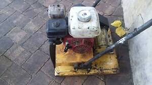 Plate Compactor hire $20 any day/ $100 week/ $200 month Willetton Canning Area Preview