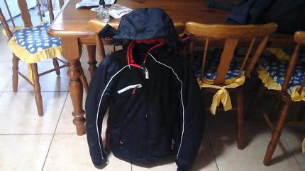 Ski Snowboard Jacket womens small and fleece size 10