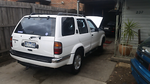 3 cars for sale Nissan Pathfinder 1997 Braybrook Maribyrnong Area Preview