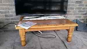 Coffee table Grays Point Sutherland Area Preview
