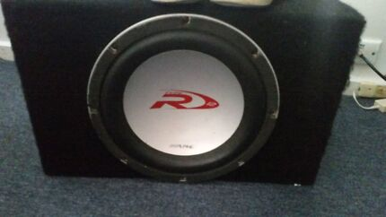 Subwoofer and 2000w amp Coburg Moreland Area Preview