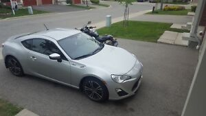 Scion FRS (rear view camera & remote starter)