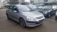 Peugeot 307 Break 1.6 SW Premium 8fach bereift Radio CD