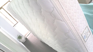 Sealy Posturpedic Queen Size Luxury Euro Top Mattress Botany Botany Bay Area Preview