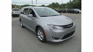 2017 Chrysler Pacifica Touring L Plus - FACTORY INVOICE SALE ON